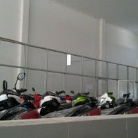Photo taken at Yamaha Sumber Baru Motor Nanggulan by BleTux A.K.A Tony on 7/2/2013