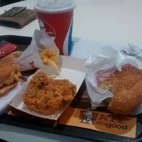 Photo taken at KFC by Sai M. on 8/24/2014
