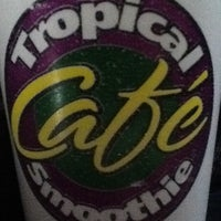 Photo taken at Tropical Smoothie Café by itsluke on 10/2/2012