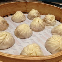 Photo taken at Din Tai Fung 鼎泰豐 by Andrew L. on 5/13/2013