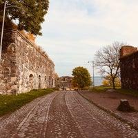 Foto tirada no(a) Suomenlinna / Sveaborg por Young Joo L. em 10/13/2018