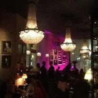 4/11/2013 tarihinde Sergey P.ziyaretçi tarafından Mandarin Bar'de çekilen fotoğraf