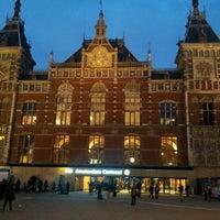 3/3/2013 tarihinde Jan V.ziyaretçi tarafından Station Amsterdam Centraal'de çekilen fotoğraf
