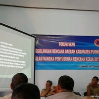 Photo taken at Badan Penanggulangan Bencana Daerah (BPBD) Kab. Purworejo by Gunarto P. on 3/3/2014
