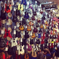 Photo taken at Guitar Center by Кирилл С. on 12/22/2012