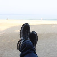 Photo taken at Thande Beach Hotel by Numchawan on 4/3/2016