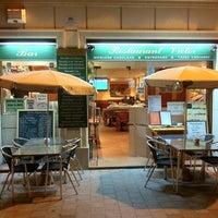 Photo taken at Restaurante Victor by Hiroaki Y. on 11/4/2012