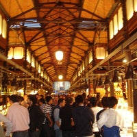 Photo taken at Mercado de San Miguel by Hostal Torre Montesanto V. on 4/12/2013