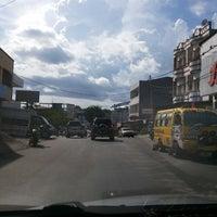 Photo taken at Perempatan POLDA by Kenny Saja on 4/2/2014