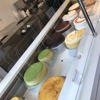 5/16/2017にAysen A.がLady M Cake Boutiqueで撮った写真