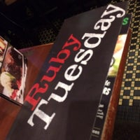 Photo taken at Ruby Tuesday by Dee T. on 1/13/2014