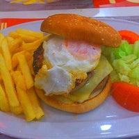 Photo taken at Nostrus Cafetería Restaurante by Marisol B. on 1/6/2014
