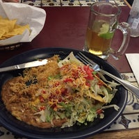 Photo taken at La Hacienda Mexican Restaurant by Hugolinos ;. on 8/28/2015