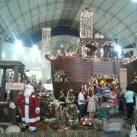Foto tirada no(a) Montes Claros Shopping por Alex R. em 12/8/2012