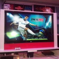 5/25/2013 tarihinde Mustafa Umut K.ziyaretçi tarafından Play Game'de çekilen fotoğraf
