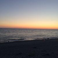 Снимок сделан в Самый южный пляж России пользователем Maris S. 10/9/2014