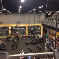 Photo taken at Smart Fit by Priscila C. on 9/12/2015