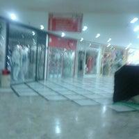 11/23/2012 tarihinde Jaqueline G.ziyaretçi tarafından Niterói Shopping'de çekilen fotoğraf