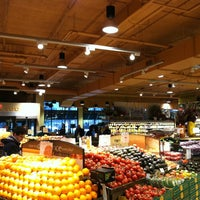 Photo taken at Lunds & Byerlys by Dallas S. on 12/17/2012