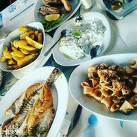 Photo taken at Fish Restaurant Sidro by Gür K. on 12/22/2016