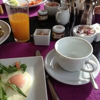 Das Foto wurde bei DO & CO Restaurant von Vladislav L. am 4/13/2013 aufgenommen