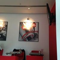 Photo taken at espressamente illy coffee bar by Vladislav L. on 6/16/2013