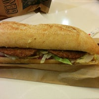 Das Foto wurde bei McDonald's von Nelson am 1/1/2014 aufgenommen