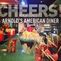 Foto scattata a ARNOLD'S American Diner da Davide C. il 6/5/2013