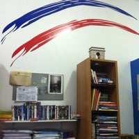 Photo taken at Francophone Escola de Francês by Joaquim J. on 2/20/2014