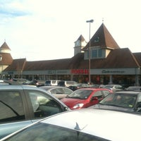 Photo taken at Jackson Premium Outlets by Fernando G. on 1/20/2013