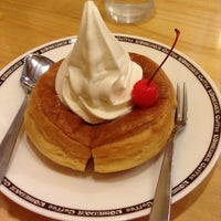 Photo taken at コメダ珈琲店 りんくう羽倉崎店 by pomu (. on 5/20/2014