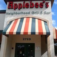 12/31/2013에 Manuel G.님이 Applebee's Neighborhood Grill & Bar에서 찍은 사진