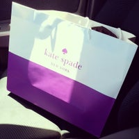 Photo taken at kate spade new york outlet by Tram N. on 8/29/2014
