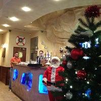 Снимок сделан в Admiral Restaurant пользователем Gints A. 1/11/2013