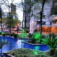 Foto tirada no(a) Brascan Open Mall por Rute H. em 9/29/2012