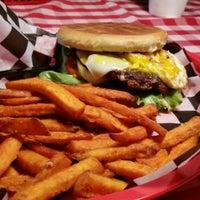 Photo taken at Papa Joe's Burger & Stuff by Roy D. on 9/5/2015