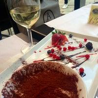 Foto tirada no(a) Taverna Del Borgo Antico por Olesya . em 4/7/2013
