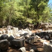 7/26/2013 tarihinde Ece  Y.ziyaretçi tarafından Phaselis Antik Kenti'de çekilen fotoğraf