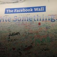Das Foto wurde bei Facebook HQ von Elissa S. am 4/6/2013 aufgenommen