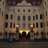 Снимок сделан в Hotel Taschenbergpalais Kempinski пользователем Eduardo C. 10/15/2013