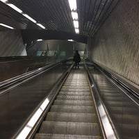 Photo taken at MTA Subway - Roosevelt Island (F) by Chanel B. on 5/15/2017