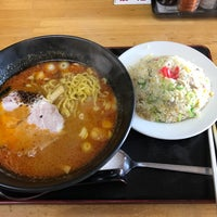 Photo taken at ラーメン 拳 by umesan on 3/25/2017