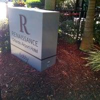 Photo taken at Renaissance Concierge Lounge by Teo M. on 7/26/2014