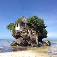 Photo taken at The Rock Restaurant Zanzibar by Anne L. on 4/20/2013
