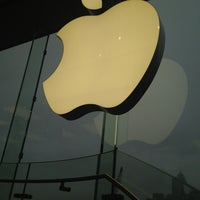 Photo taken at Apple ifc mall by Aileen N. on 3/2/2013