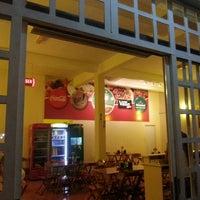 Photo taken at La Casa Restaurante by Wagner B. on 5/16/2013