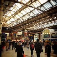 Photo taken at London Victoria Railway Station (VIC) by Yee on 12/15/2012