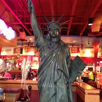 Photo taken at Red Robin Gourmet Burgers by Cindi R. on 10/4/2012