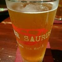 Foto tomada en Beer Saurus por takanori s. el 6/16/2017