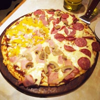 Photo taken at picka pizza by Anderson B. on 8/13/2015